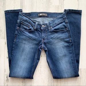 Levi's 524 Low Rise Skinny Jeans 25